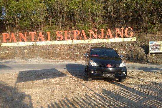 Travel Mobil Banjarnegara Wonosobo Yogyakarta ( Mas Black )