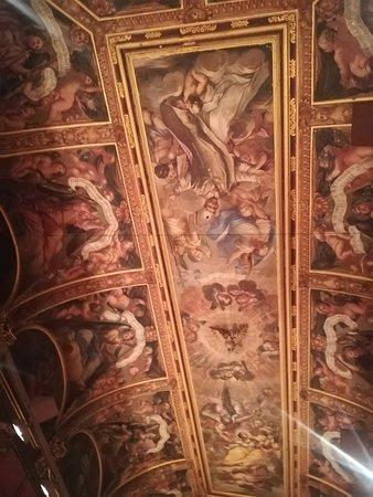Basilica of Santa Maria del Mar Admission Ticket and Rooftop Visit: Con naso in sù