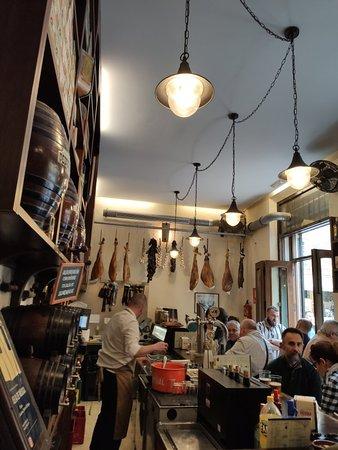 Sitio pintoresco para degustar vermouth