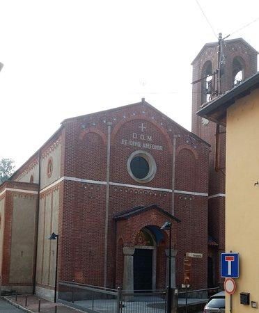Triuggio, Olaszország: Chiesa di Sant'Antonio da Padova; la sua costruzione risale al 1942