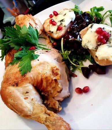 Kurczak z ziemniakami z pieca i żurawiną