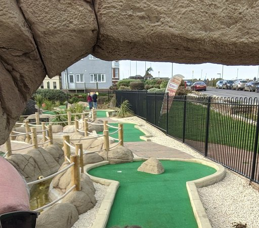 ‪Crabstix Adventure Golf‬
