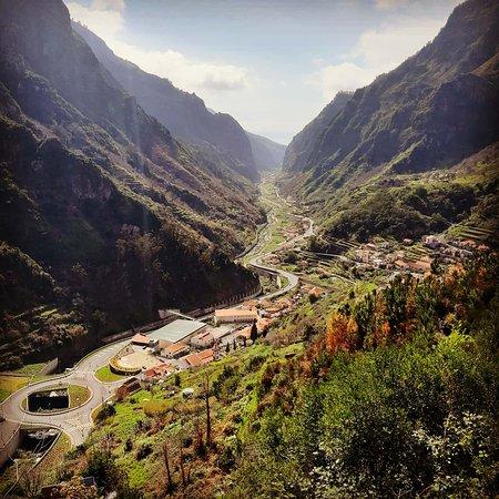Serra de Agua, Португалия: Verde até onde a vista alcança