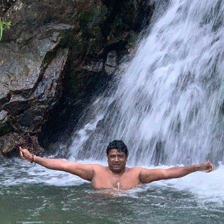 Passara, Sri Lanka: Secret  water falls