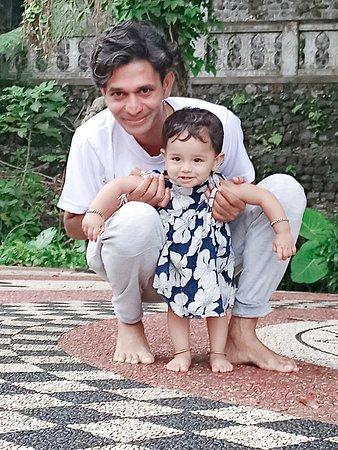 Lempuyang Gate of Heaven and East Bali Tour: Me and kiddo