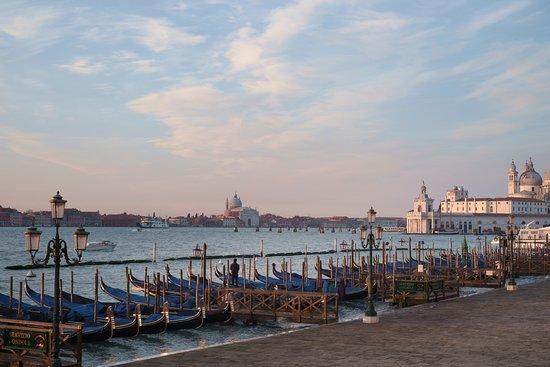 San Giorgio Maggiore – obrázek zařízení Hotel Commercio & Pellegrino, Benátky - Tripadvisor
