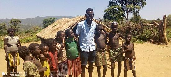 Key Afer, Эфиопия: in banna village at was nice time with children