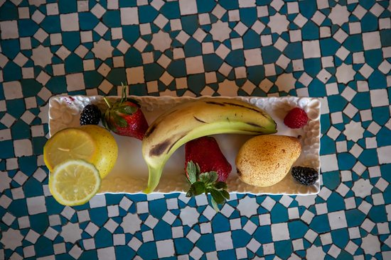 Seasonal Fruit 🍎