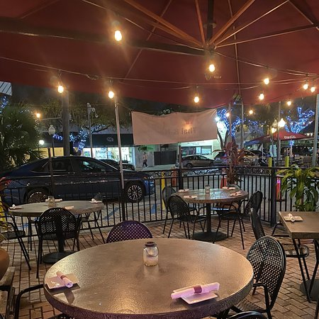 Home made delicious food in a tiny space. Outside seating is available. The owners are extremely sweet and kind. We will definitely be back.