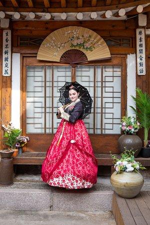 Hanbok rental and photo shoot at Hanbok That Day