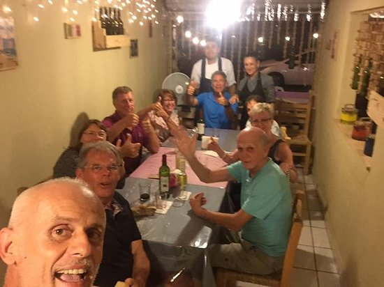 Sabrosa Italia: Happy group with our 'Surprise Menu'!