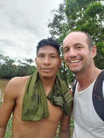 San Martin de Amacayacu, Colombia: Compartir con los Ticunas es una hermosa experiencia.  Son personas tranquilas, solidarias y muy amables. Que bellos seres humanos.