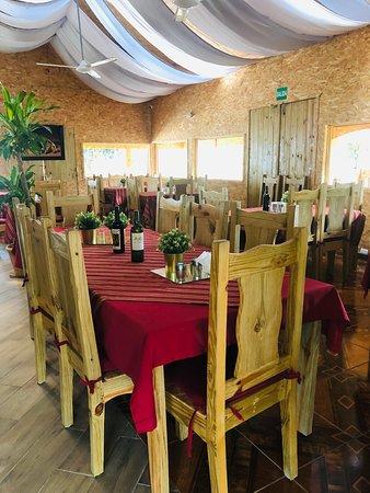 Paraiso, Dominican Republic: El restaurante paradey's, mágico lugar donde se combina lo típico, ecológico y ambiente familiar donde puede disfruta de nuestras especialidades en mariscos, Carnes y pastas abierto de 11:am a 11pm.