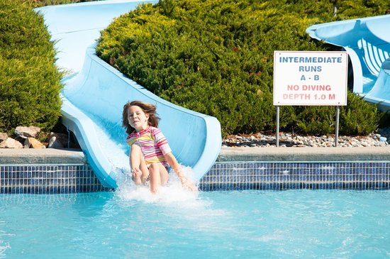 The Intermediate Slides are two fun and zippy slides! A great way to bridge the gap between our Kiddy Slides and Zoom Flumes.