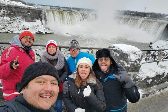 De Vago x Toronto Tours en Español