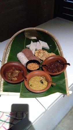 Deraniyagala, Шри-Ланка: breakfast