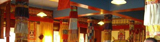 fotos del templo budista en panilo cerca de graus (huesca)