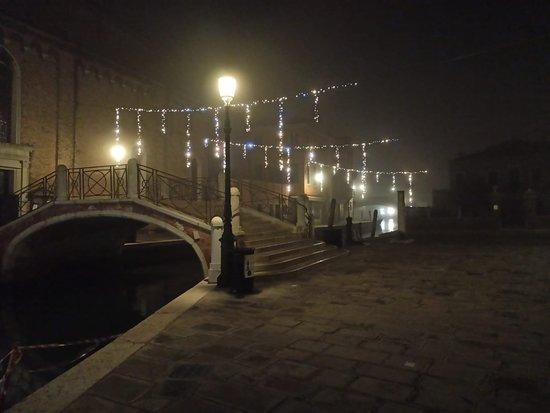 Venezien, Italien: Mi sa che domani c'è ancora nebbia ❤️