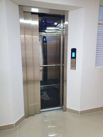 Florencia, Κολομβία: ascensor