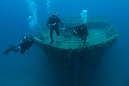St George Wreck Dive Photo