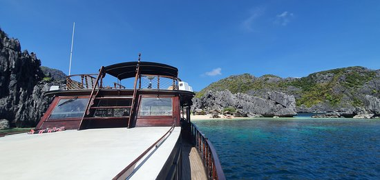 Full Day El Nido Island Frontier Group Tour B: Wooden Boat
