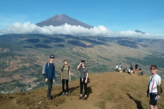 Pergasingan Hill Top Instagram Highlights Tour - Lombok Day Tour