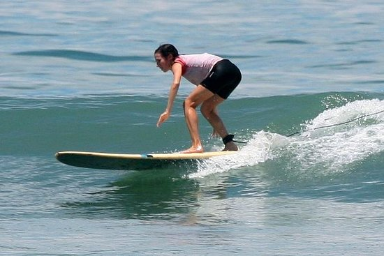 Surfing intermediate level in Cabuya for two people