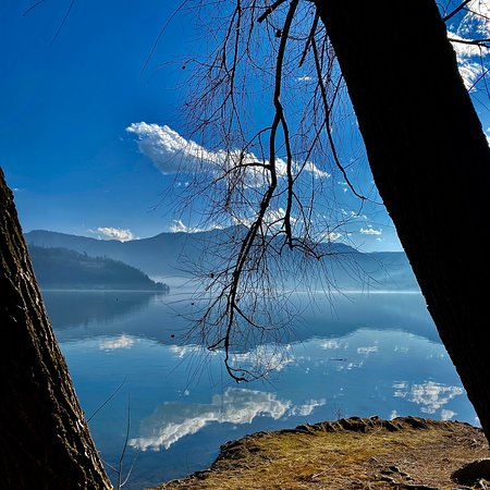 Calceranica al Lago Photo