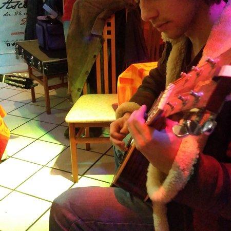 Bussiere-Dunoise, France: Les Chinchitrucs du Chinchiland