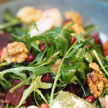 Who said salads are boring?!