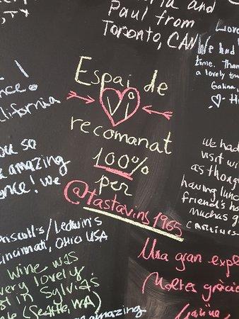 Moja, Spanyolország: Detall sala tast. Opinions clients.
