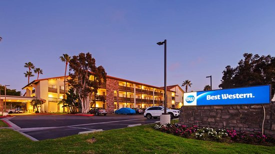 Best Western Carlsbad by the Sea: Exterior
