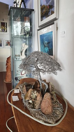 Cobargo, Австралия: Intricate wirework