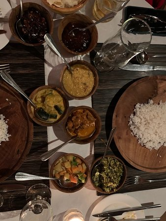 Sri Lanka Curry did not disappoint.