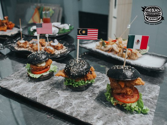 Mini-Burger Combo! USA, Malaysia, and Mexico's taste included.