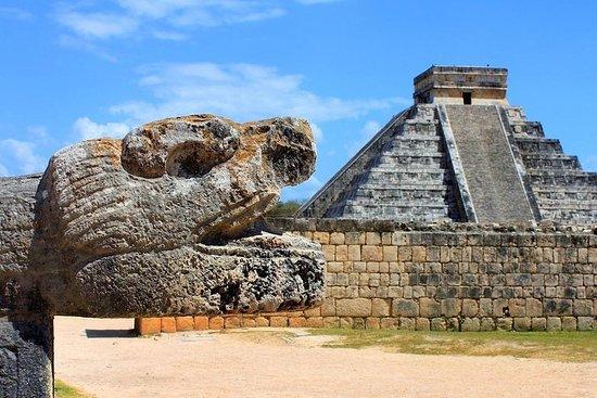 Chichen Itza, Cenote og Valladolid-tur...