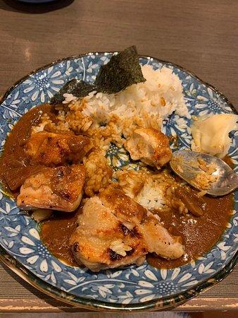 咖喱雞扒飯🤔,應該叫咖喱雞胸肉飯,是嚡的雞胸肉