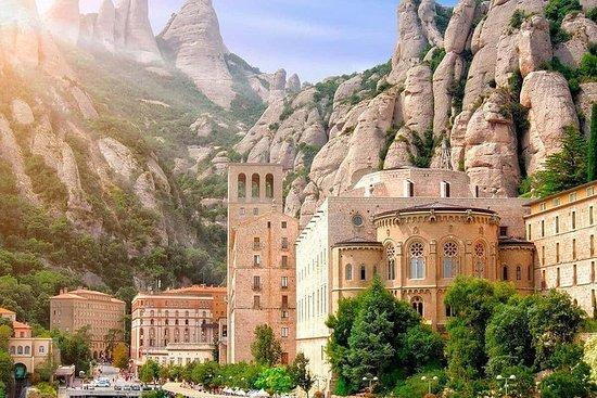 Barcelona y Montserrat, eBike & Hike.