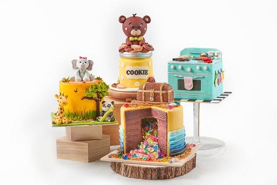 Artisanal 3D Cakes
