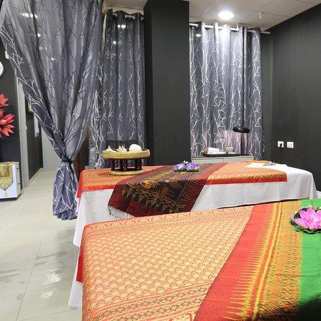 Royal Thai Massages Center