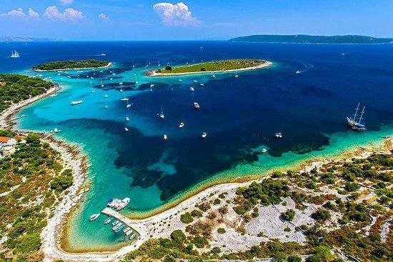 ブルーラグーンとソルタの3つの島クルーズツアー