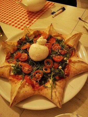 Fantastyczne miejsce z prawdziwie włoską pizzą!