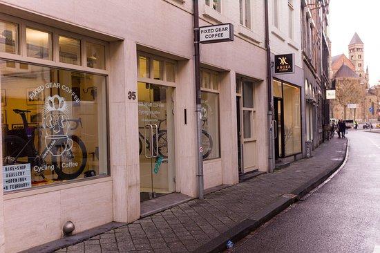 Fixed Gear Coffee - Maastricht Outside