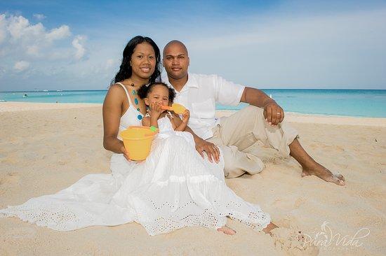 Family Portraits - Grand Cayman