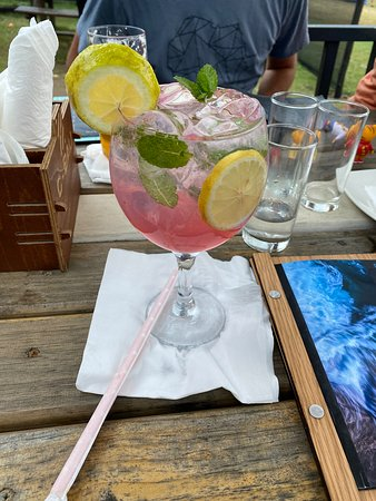 St. Michael's on Sea, Южная Африка: Mint gin and tonic