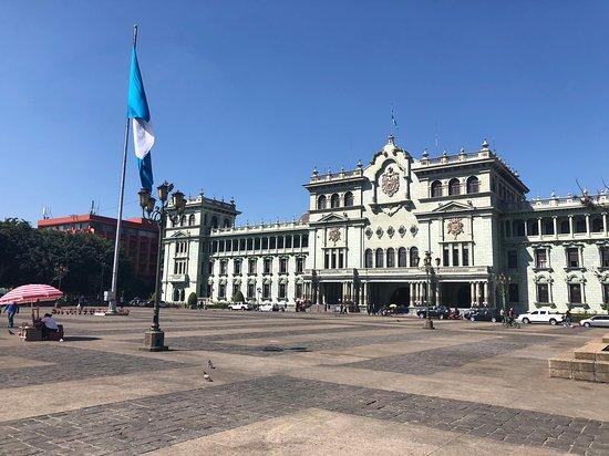 Guatemala City, Guatemala: plaza central