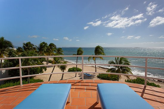 View from Master Suite terrace (Antilles-Pearl)