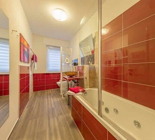 Badezimmer Apartment Im Tal