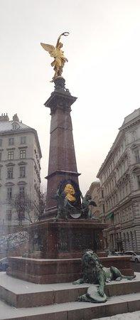Liebenberg-Denkmal: Liebenberg Denkmal,
