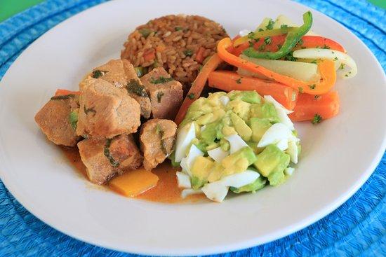 San Lorenzo, Honduras: Almuerzo buffet